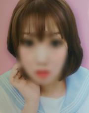 りな  (新人29才)
