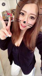 ミク  (セクシーOL系美少女)