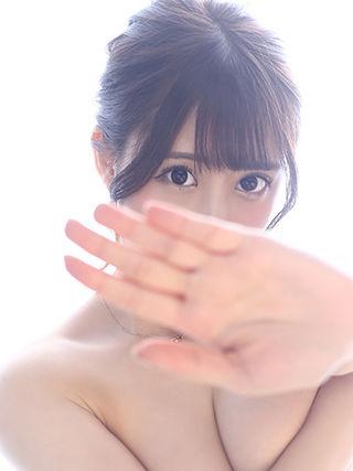 ゆりあ  (美少女巨乳)