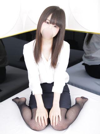ミミ  (ロリ妹系19才)
