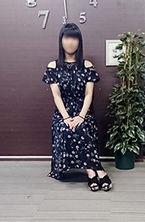 ともみ  (黒髪清楚妻)
