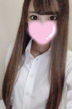 ゆな  (未経験19歳エース候補)