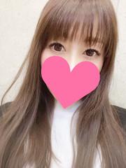 初音  (小柄スリム巨乳!美人妻)