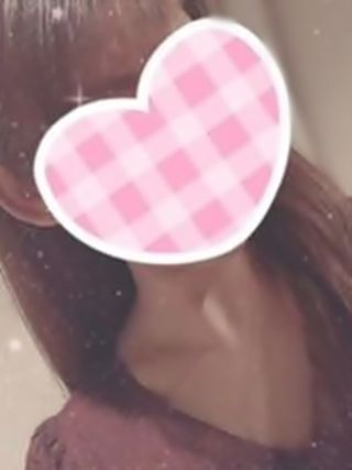 かな  (Eカップ巨乳、フェラ○)