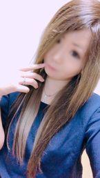 ひかる  (26才の若奥様)