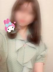 あき  (上品な清楚系美女)