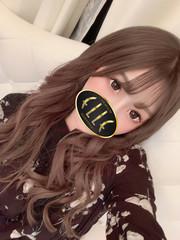 三田友梨佳  (某女子アナ激似美女)