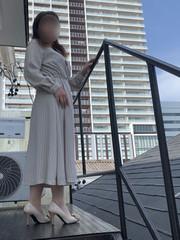 葉山さん  (優しさイッパイ純情奥様)