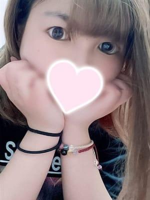まいり  (ぷるんおっぱい美少女)