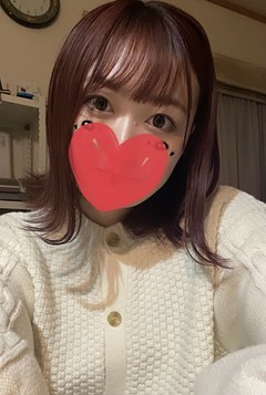 かな  (愛嬌抜群癒し系天使)