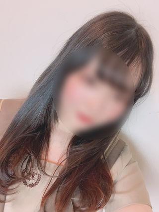 まゆ  (癒し系現役学生)