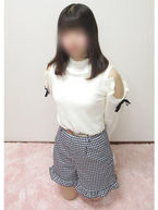 まきな  (19歳ロリカワ美少女)