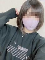 めい  (ロリカワ美巨乳Ecup)