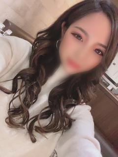 みぃ  (19歳業界デビュー)