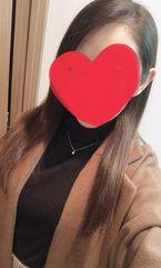 せら  (清純なビジュアル美女)