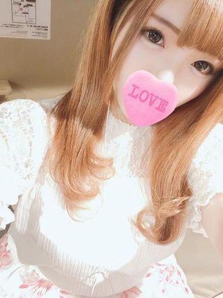 桃田ふう★パイパンFカップ美女★  (ふわふわオッパイ)