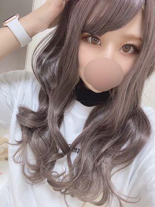 リアン  (新人業界初)