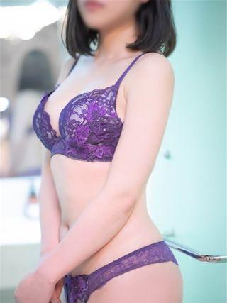 あいり  (純粋無垢な女子大生♪)