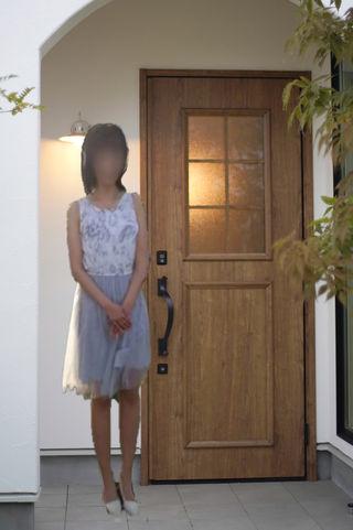 ねずこ  (業界初スレンダー美女)