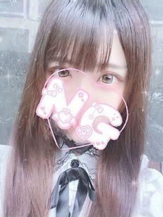 ろあ  (黒髪清楚ロリ★Gカップ)