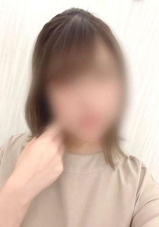 かな  (めちゃ可愛いです!)