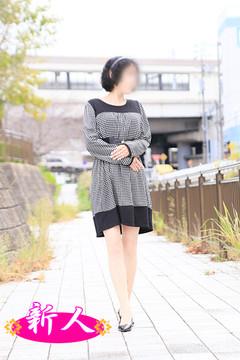 早川京子  (上品なスレンダー熟女)