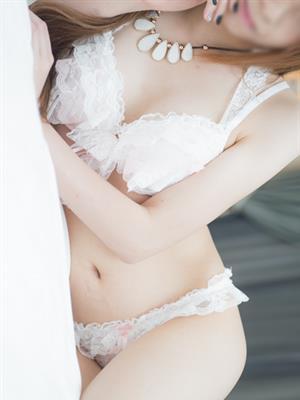 りう  (小悪魔的な可愛いさ♪)