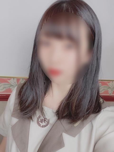 すずめ  (カワイイ系おっとり)