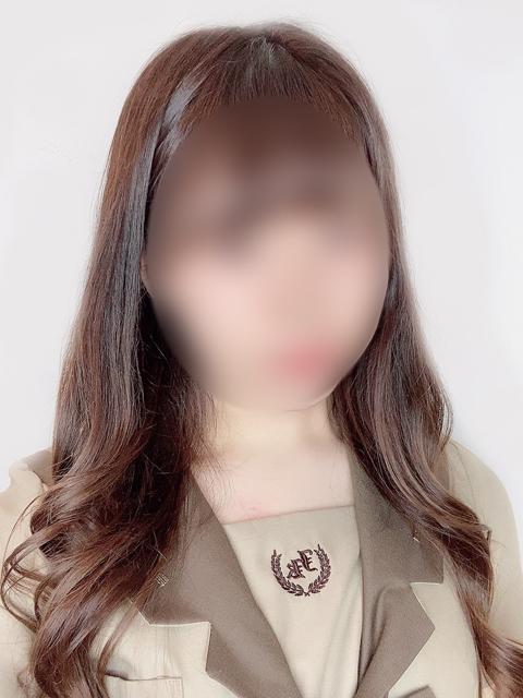 ゆいな  (色白柔肌癒し系少女)
