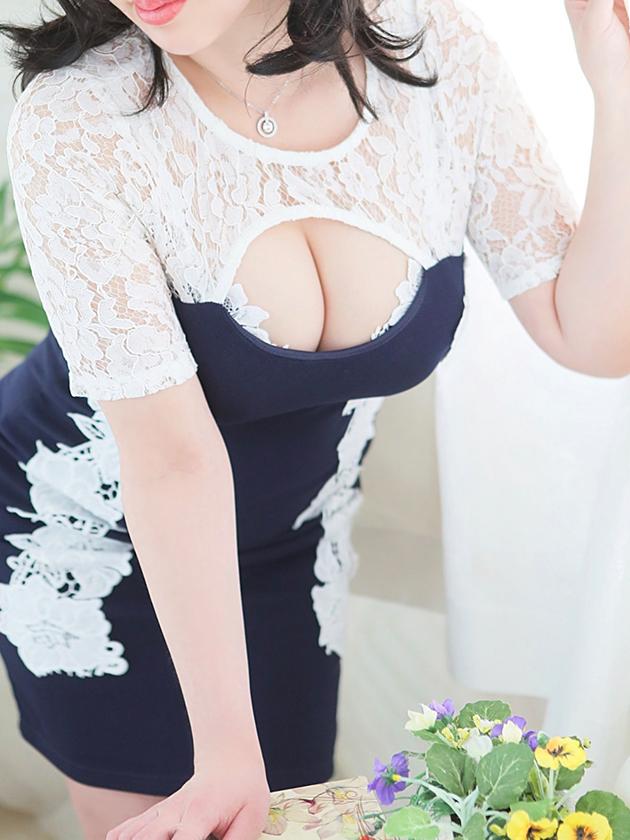 柿谷 えま  (理想すらも凌駕する)